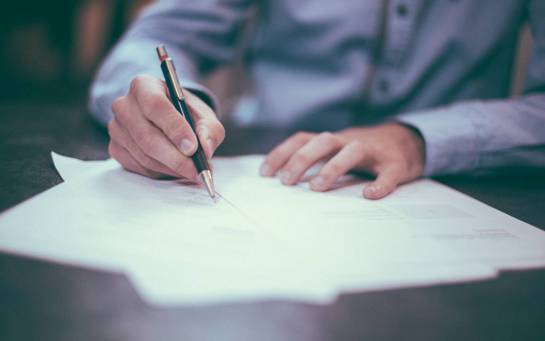 Mortgage applications hold steady as rates remain low